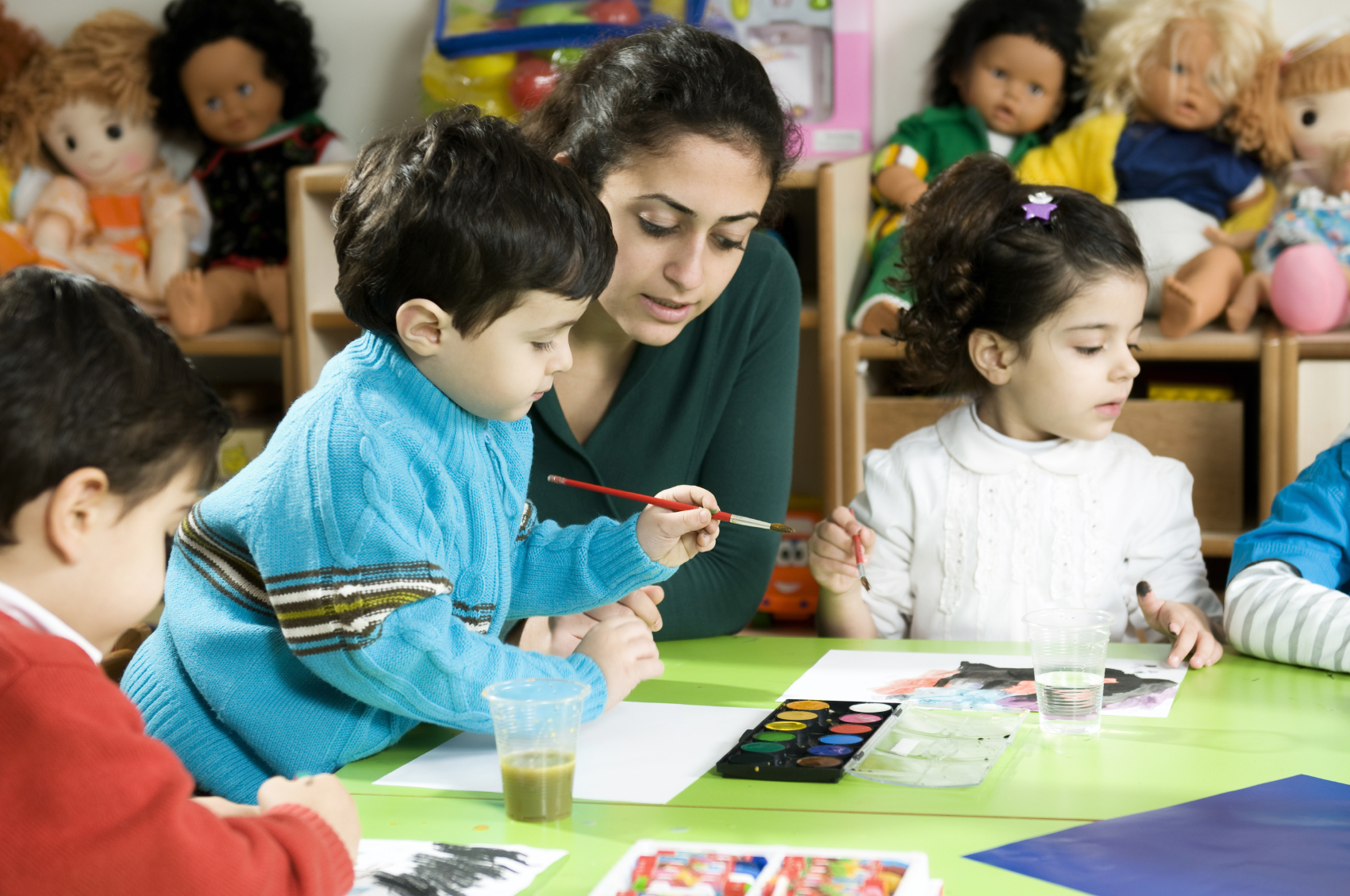 Parents weigh child-care options as federal parties put policies in election window